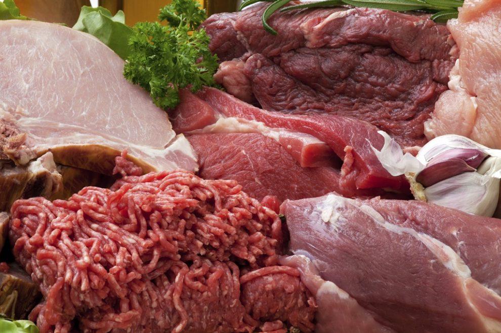 În CÂT TIMP și la CE TEMPERATURĂ se gătește fiecare tip de carne