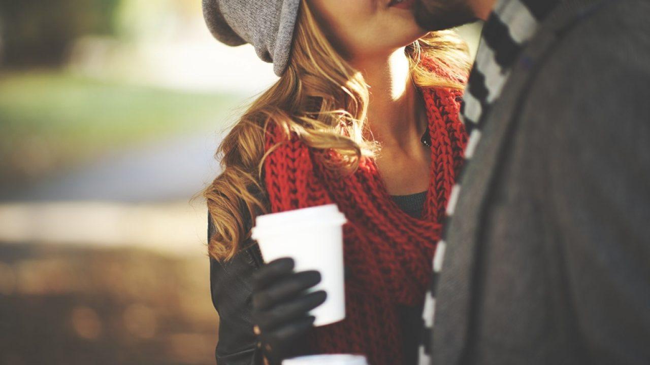sărutul cauzează pierderea în greutate
