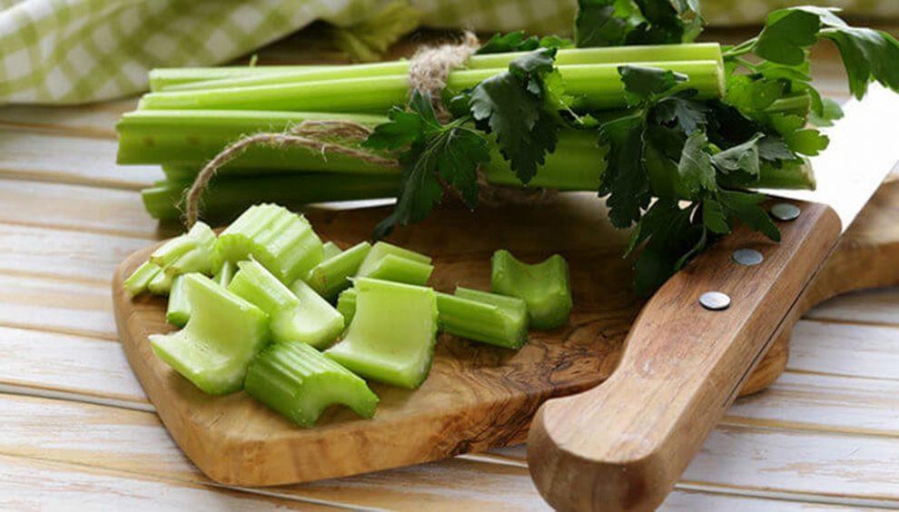 mănâncă țelină toată ziua pierdeți în greutate