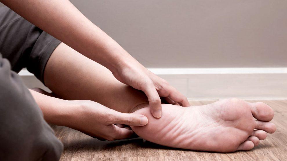 mâncărime la picioare când mergi repede