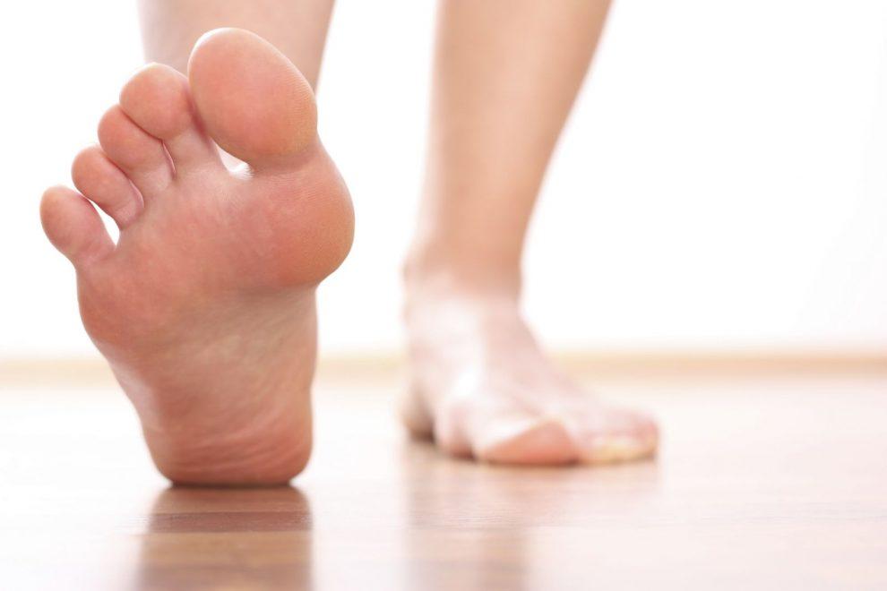 cum să reduci venele păianjen în mod natural ce cauzează răni la nivelul picioarelor inferioare